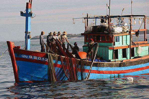 viet-fishing-boat